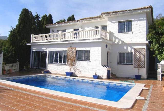 Villa for Sale Benalmádena Pueblo, Costa del Sol