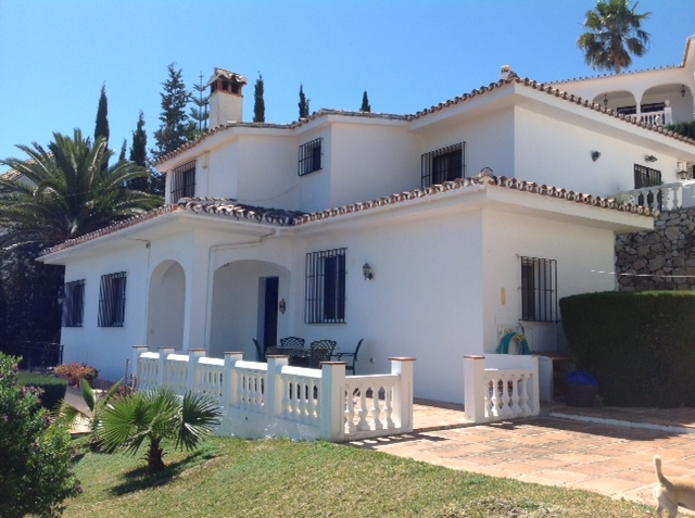 Villa for Sale La Capellanía, Costa del Sol