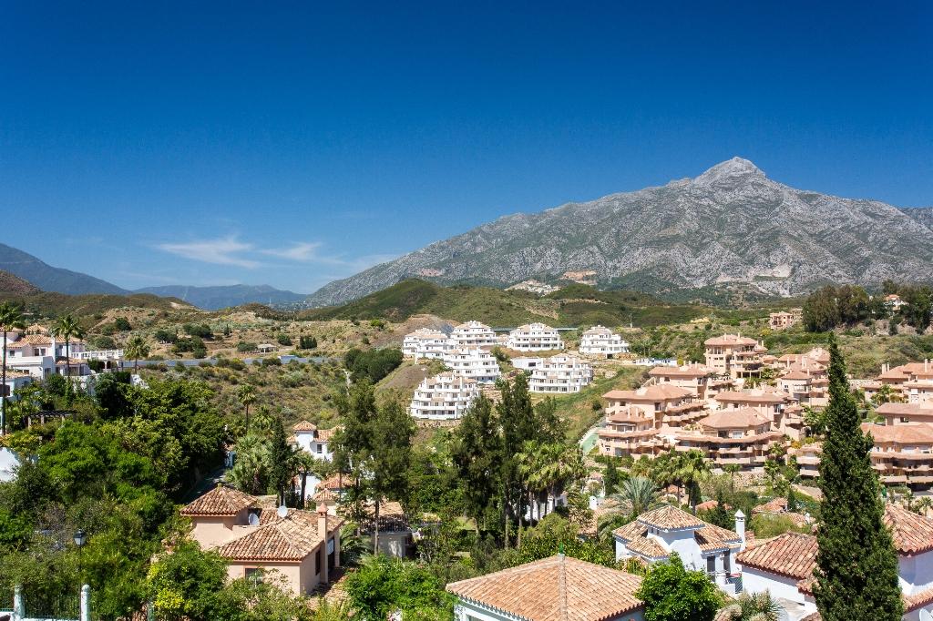 Dachgeschoss zu verkaufen Nueva Andalucía, Costa del Sol