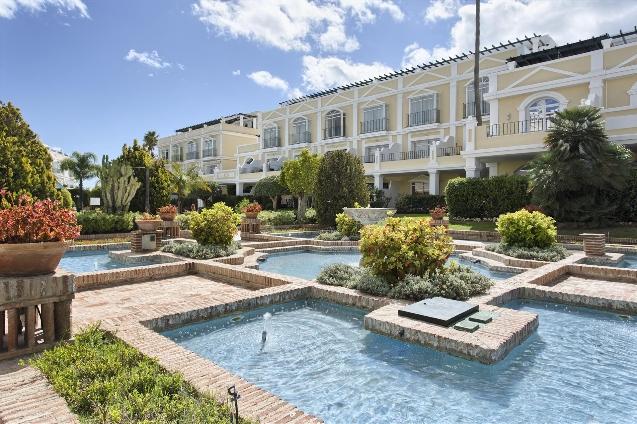 Apartment for Sale Nueva Andalucía, Costa del Sol