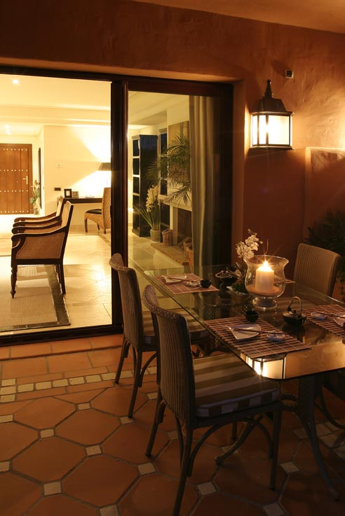 Luxury townhouse for sale in marbella costa del sol for Luxury townhomes for sale