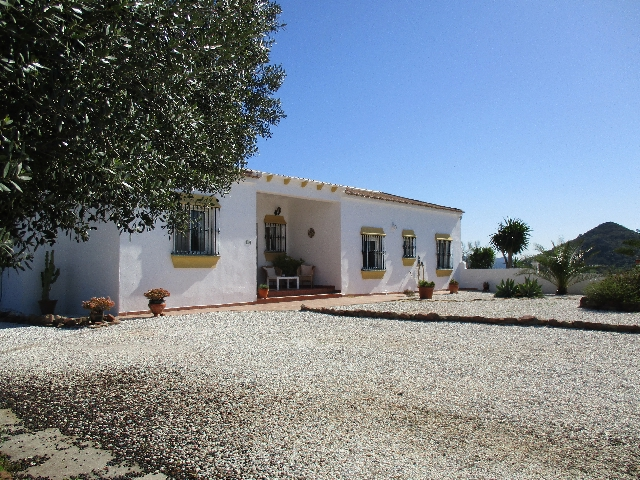 748311732 - Country Home for sale in Almogía, Málaga, Spain