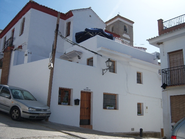 588721526 - Village/town house for sale in Riogordo, Málaga, Spain