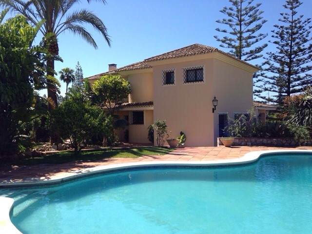 V2700 Villa Marbella 1