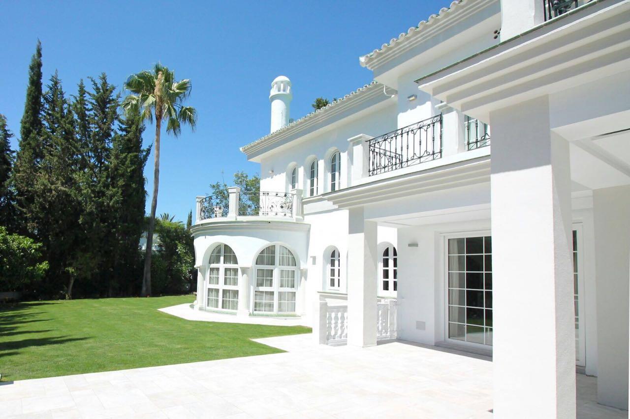 V5271 Villa For Sale Nueva Andalucia (9)