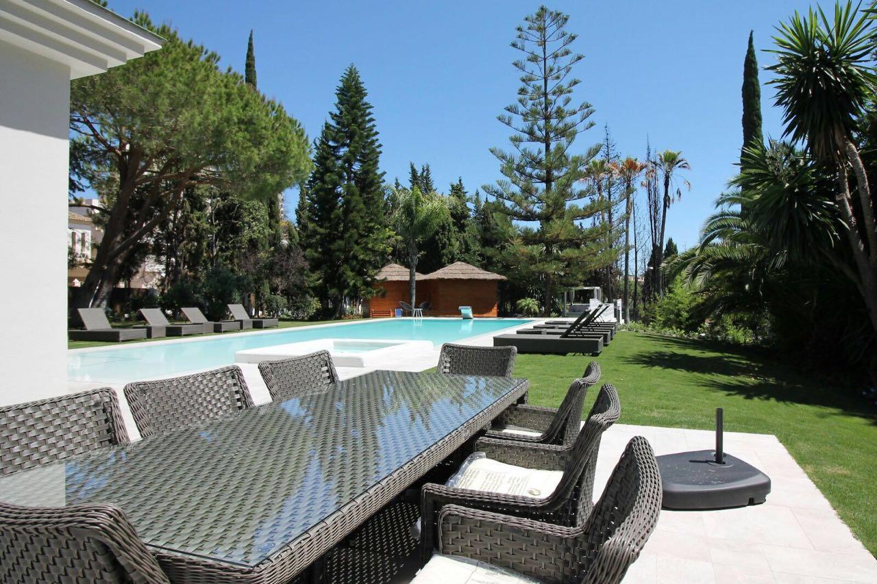 V5271 Villa For Sale Nueva Andalucia (20)