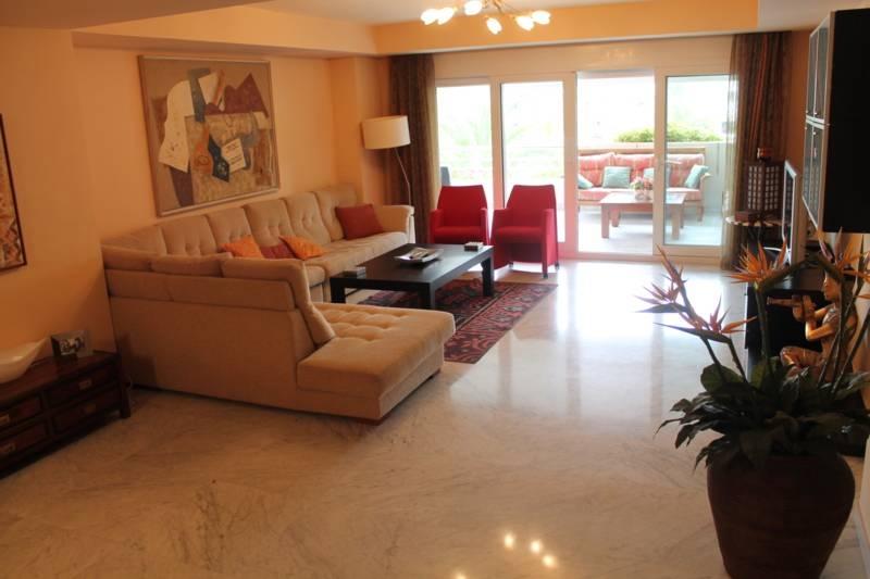 A5274 Apartment in Puerto Banus 12