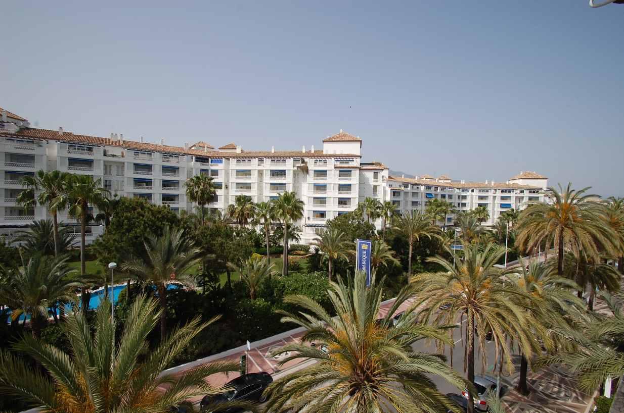 A5346 Apartment Puerto Banus 8