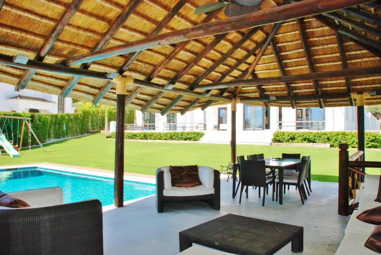 V5350 Modern Villa Nueva Andalucia 7