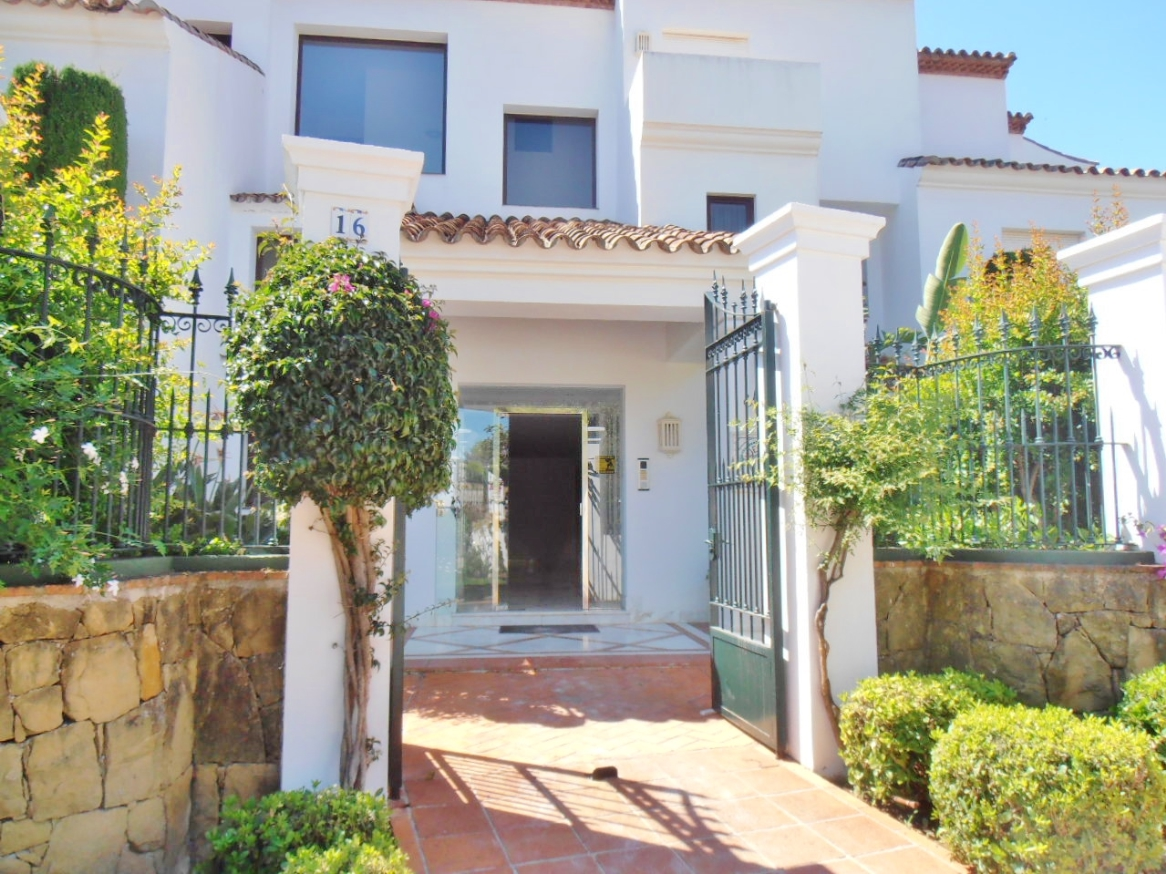 A5380 Luxury Apartment in Marbella 10