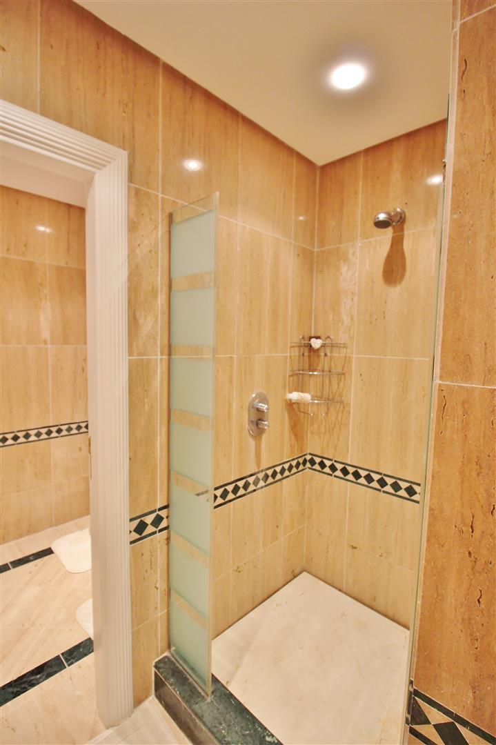 Luxury Penthouse for sale Marbella Golden Mile (12) (Large)
