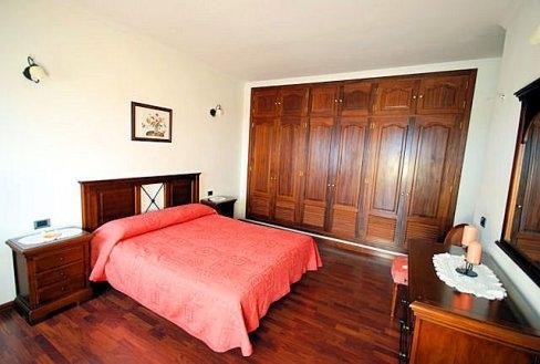 H1392 Dormitorio A