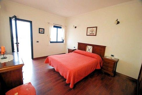 H1392 Dormitorio