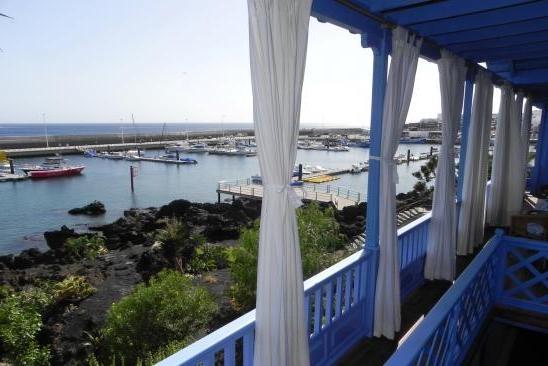 H1431 Balcony view 3
