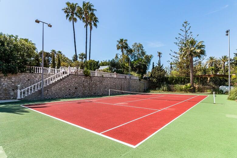 29 Tennis Court