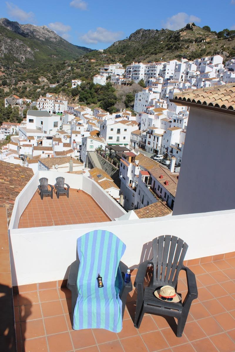 Apartments-Community-Terrace