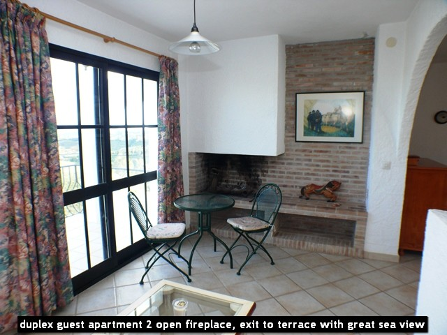 duplex guest apartment 2 open fireplace, exit to terrace with great sea view