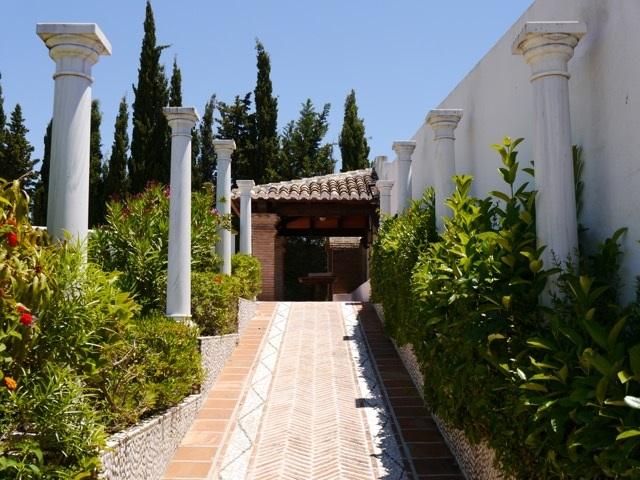 Finca Alhambra 8.jpg