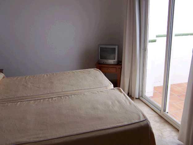 apt. bedroom terrace