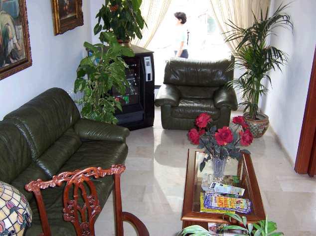 apt. sitting room