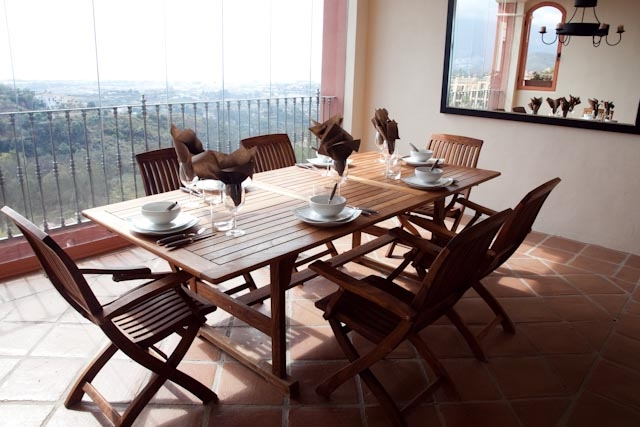 Immaculate Apartment for Sale in Benahavis, Costa del Sol