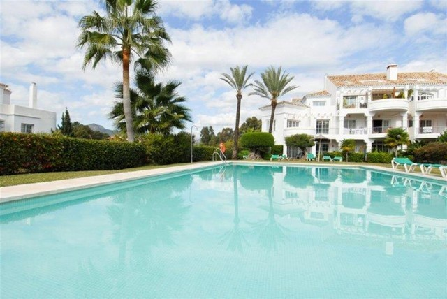 New Townhouses for Sale in Guadalmina Alta, Marbella