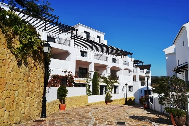 Quality Apartment for Sale in Los Monteros Alto, Marbella