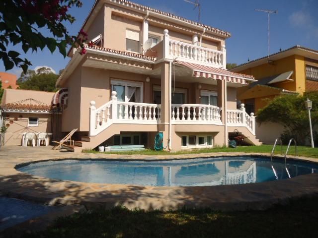 For sale: 6 bedroom house / villa in Torremolinos