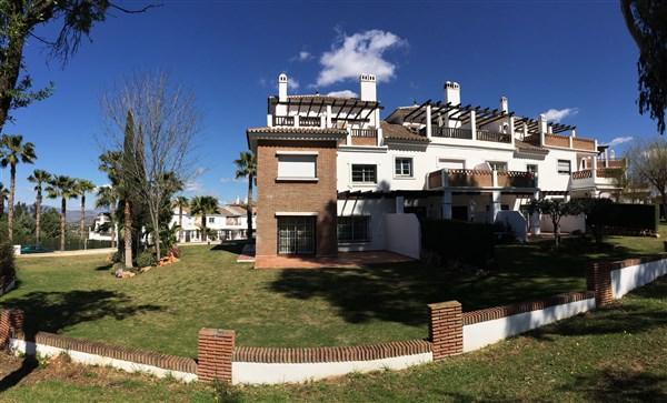 For sale: 2 bedroom house / villa in Alhaurín de la Torre, Costa del Sol