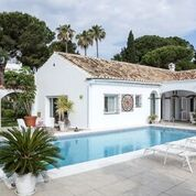 For sale: 5 bedroom house / villa in Estepona, Costa del Sol