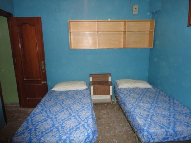 8º bedroom