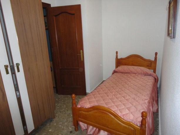 9º bedroom