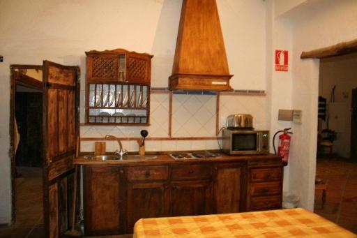 A Kitchen_3