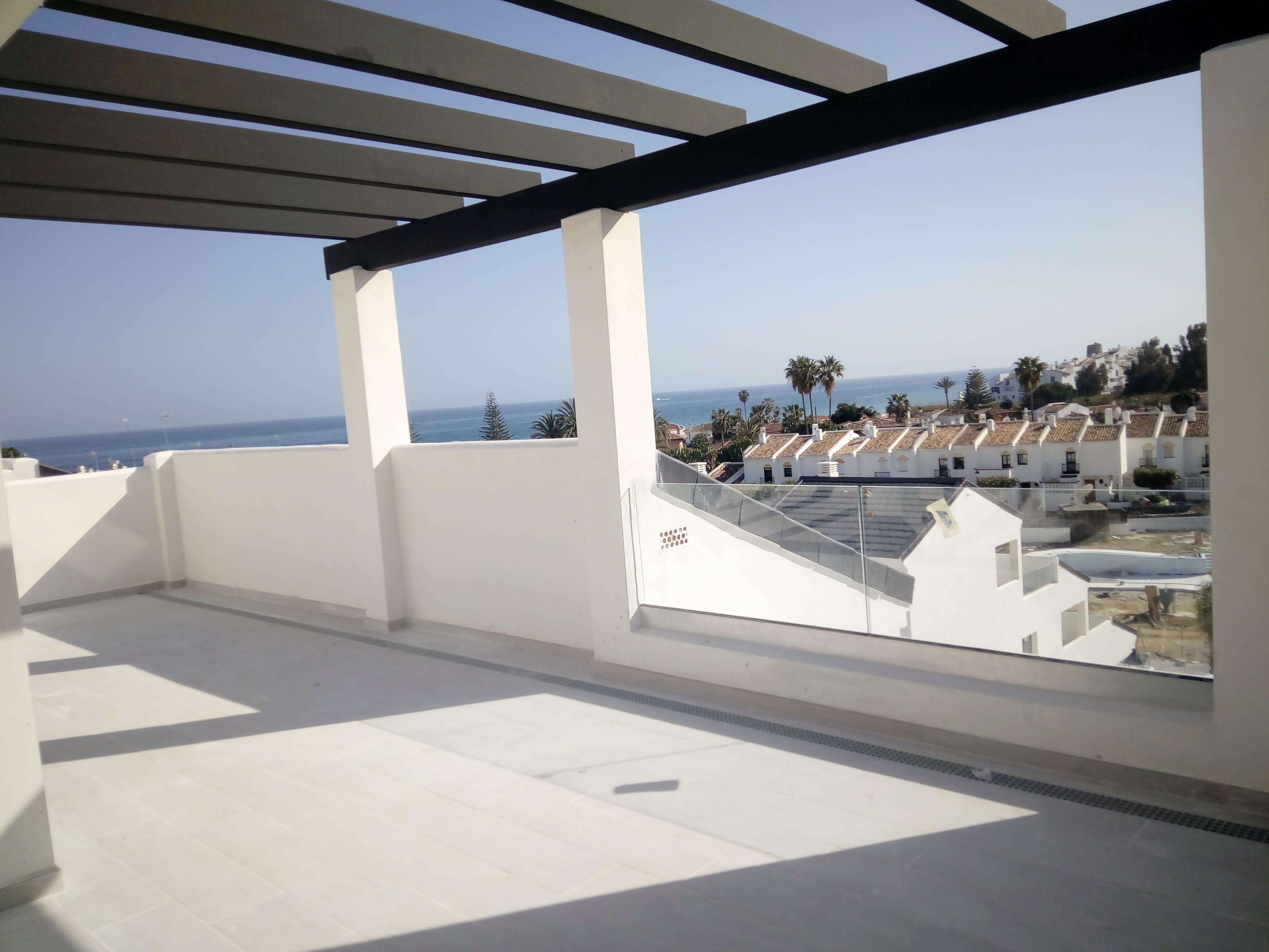 Cordoba penthouse bloc 3 B ground floor terrace out