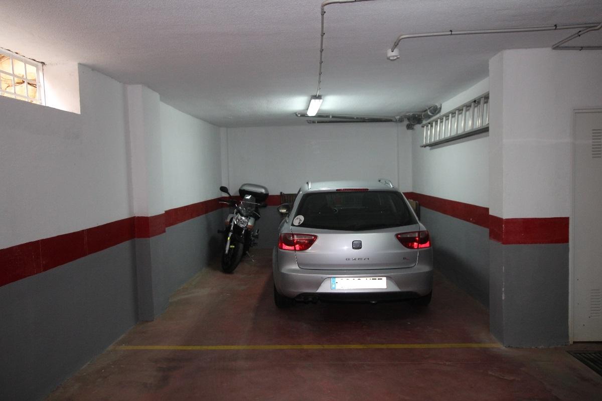AM2629_1_17_garage