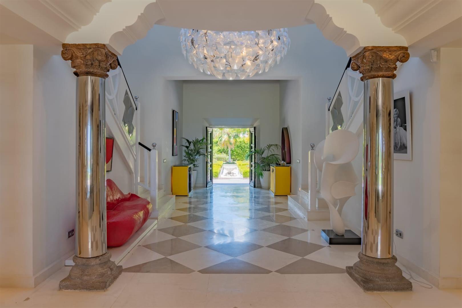 Beachfront Villa for sale Marbella Spain (8) (Large)