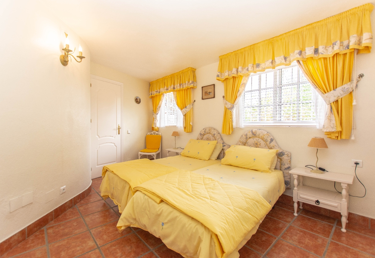 5th bedroom downstaires