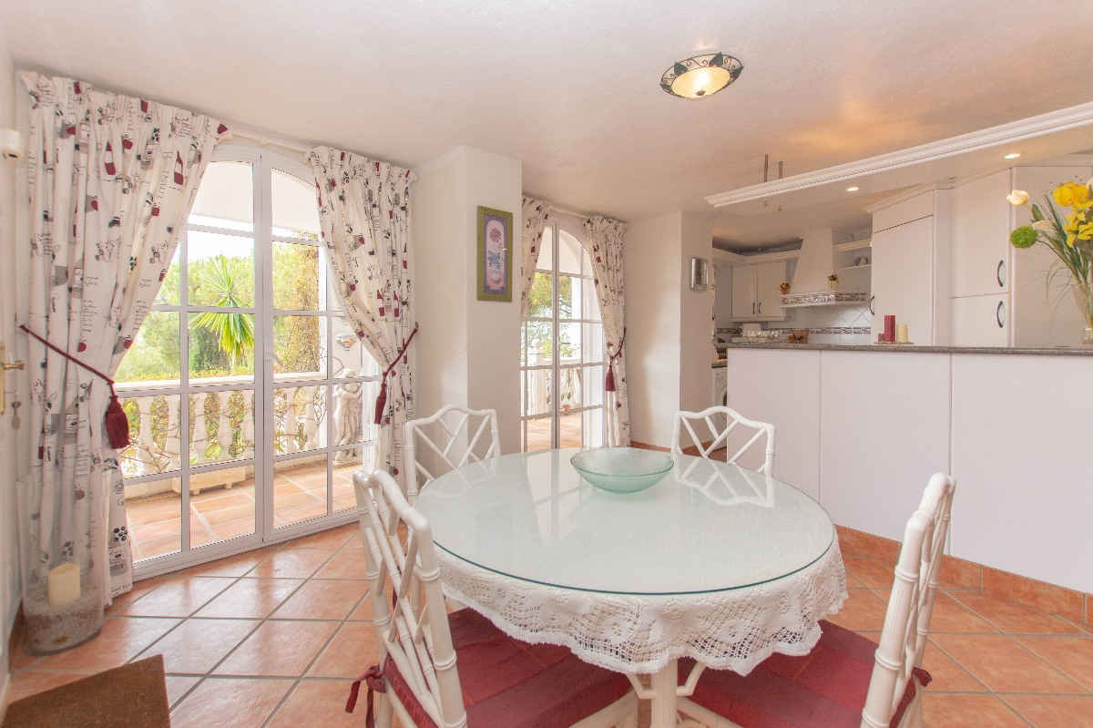 dining area downstaire