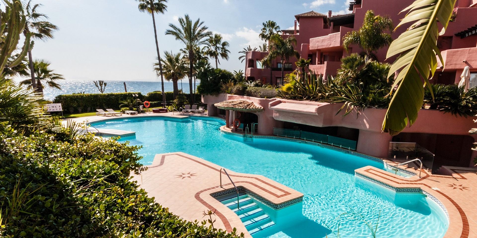 communal pool 1 menara beach