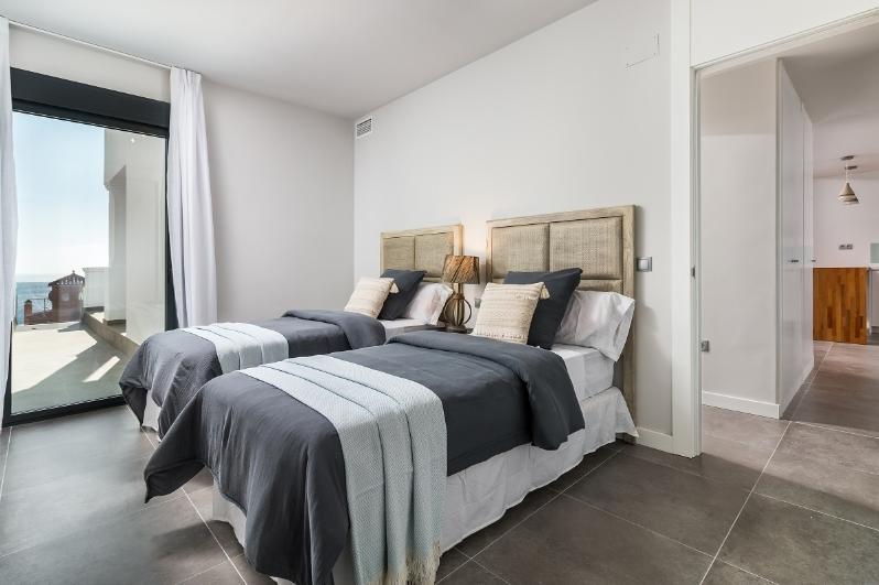 1st-Bedroom