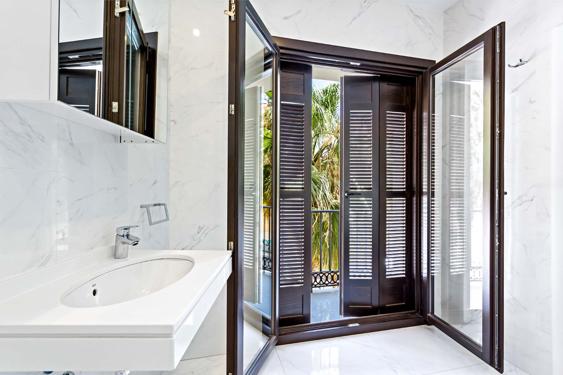 Balcony Bath