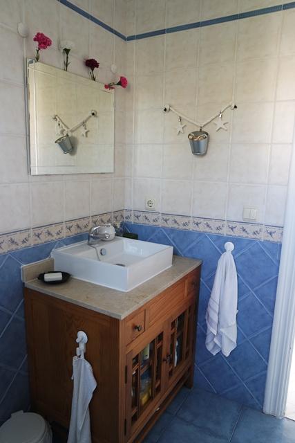 1626 bathroom3
