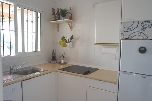1626 kitchen2