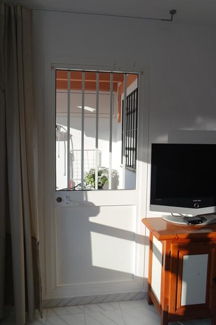 1626 terrace door