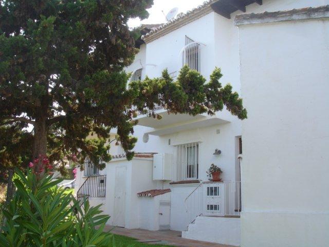 Ref:AM602 Townhouse For Sale in Las Chapas