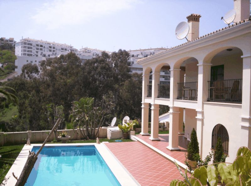 Ref:AM1116 Villa For Sale in Torrenueva