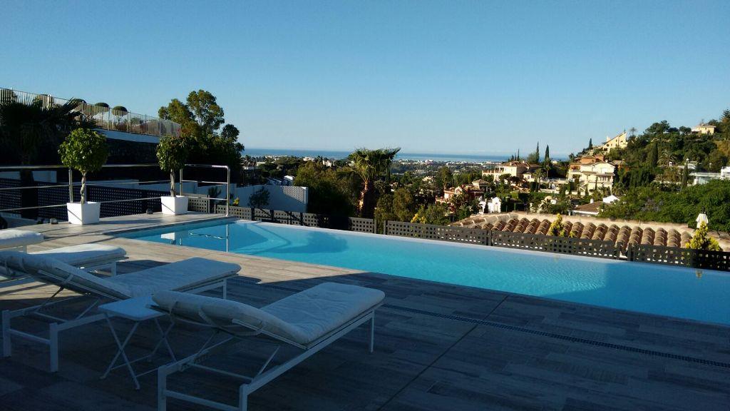 Ref:AM1679 Villa For Sale in Nueva Andalucia