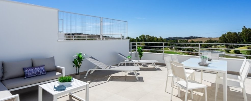 Ref:AM2125 Townhouse For Sale in Estepona