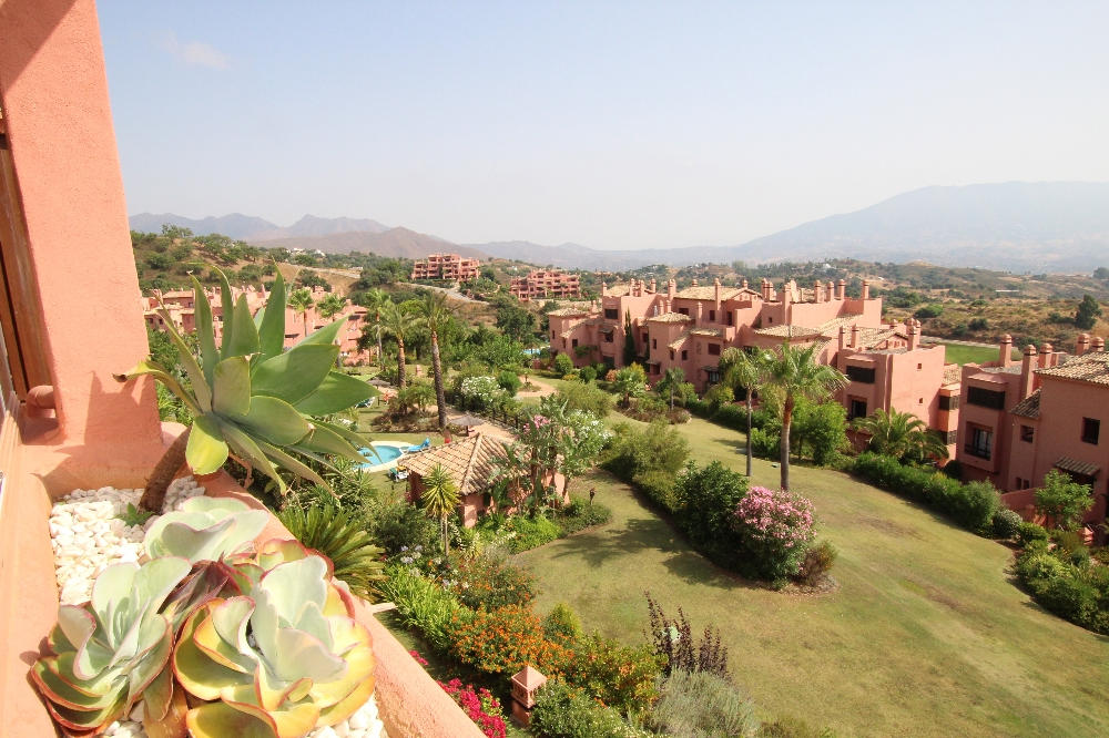 Ref:AM2276 Duplex Penthouse For Sale in Elviria