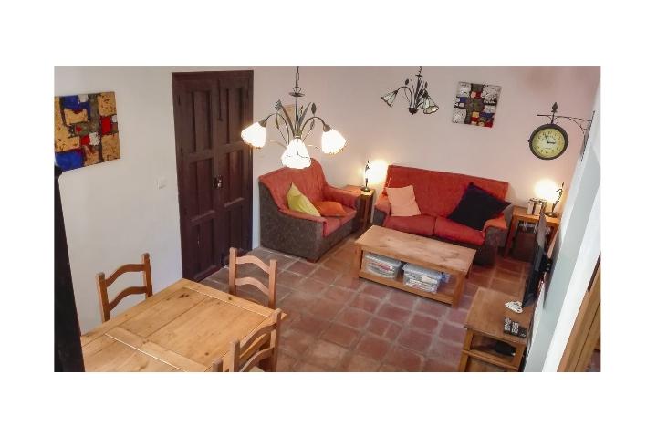 3. 18HC071 - Living area